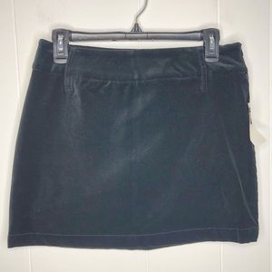 NWT Old Navy black stretch velvet skirt. Size 4.